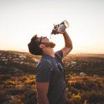 【熱中症対策】水分補給の大切さ!元気のカギは、水分補給と暑さ対策